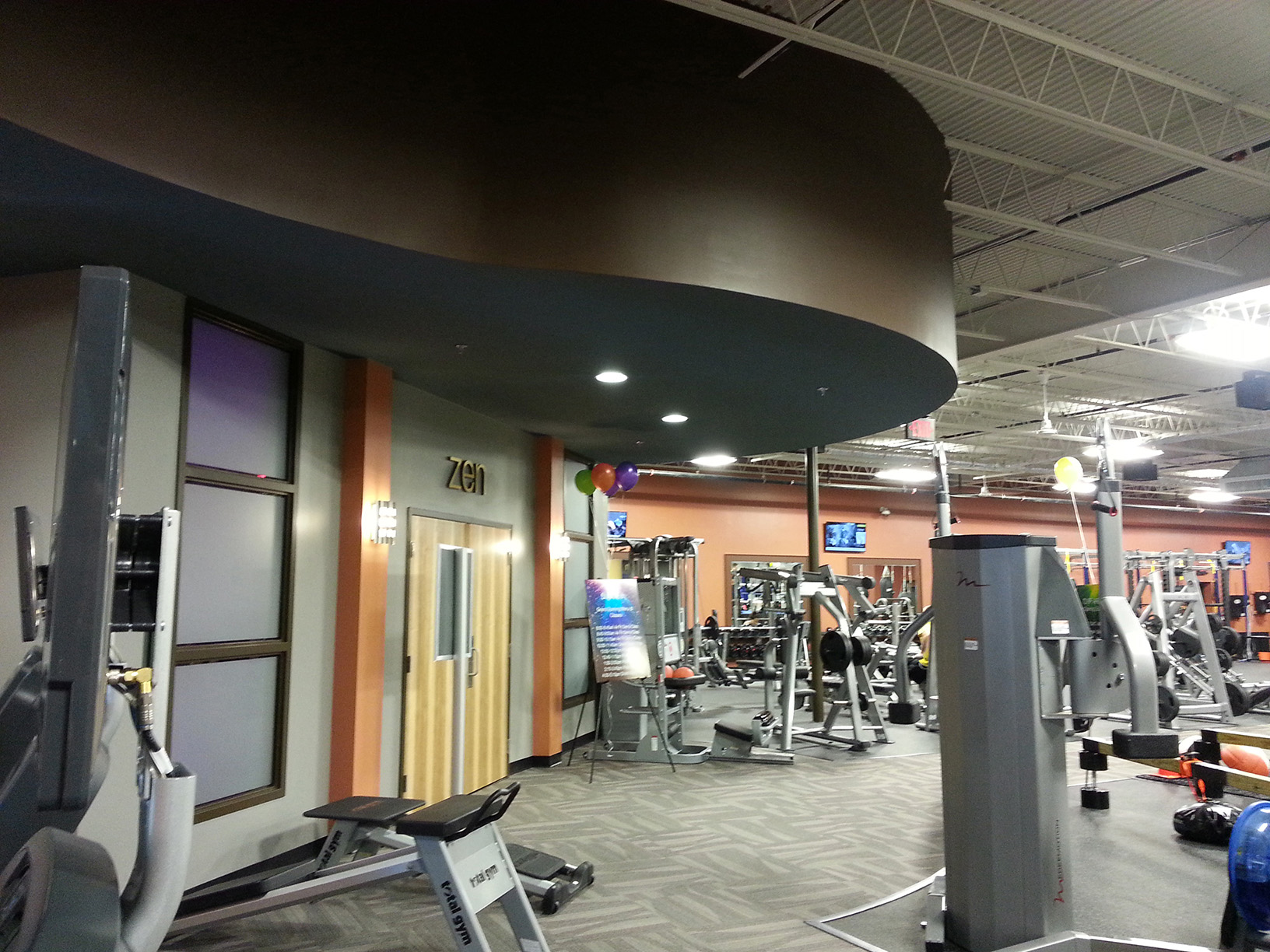 residential golds gym - HD1632×1224